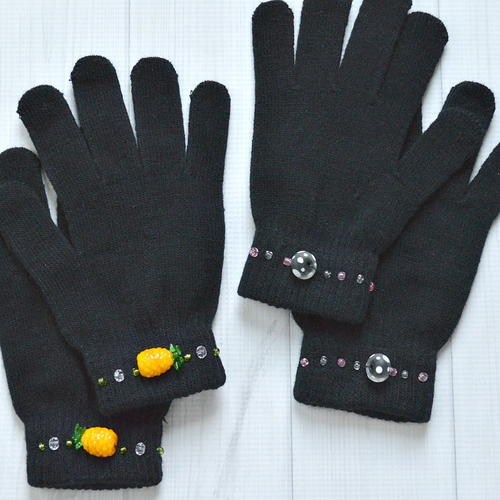 Decorated Ladies Winter Gloves