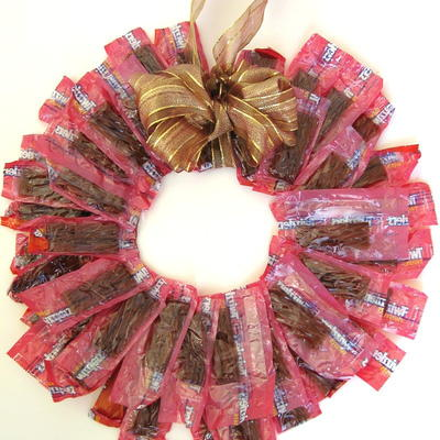 Easy Candy Wreath