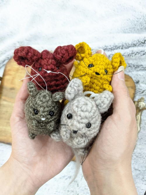 Small Mouse Amigurumi