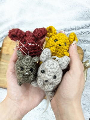 Little mouse amigurumi pattern | Amiguroom Toys | 400x300