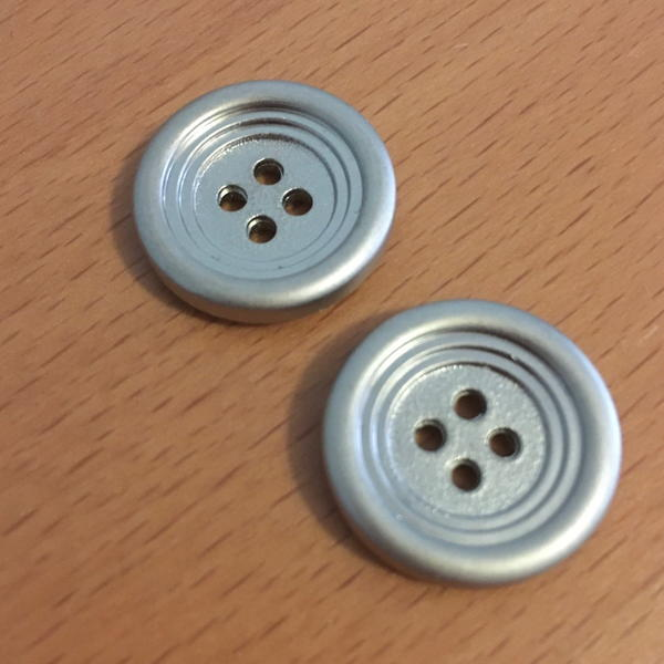 Metal buttons.
