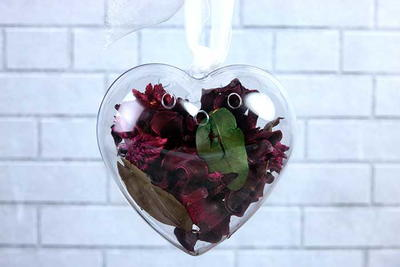 Valentine's Day Potpourri With Essential Oils