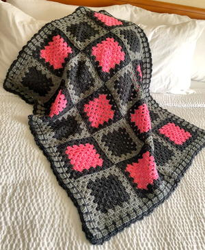 Simple Loop Granny Square Crochet Blanket