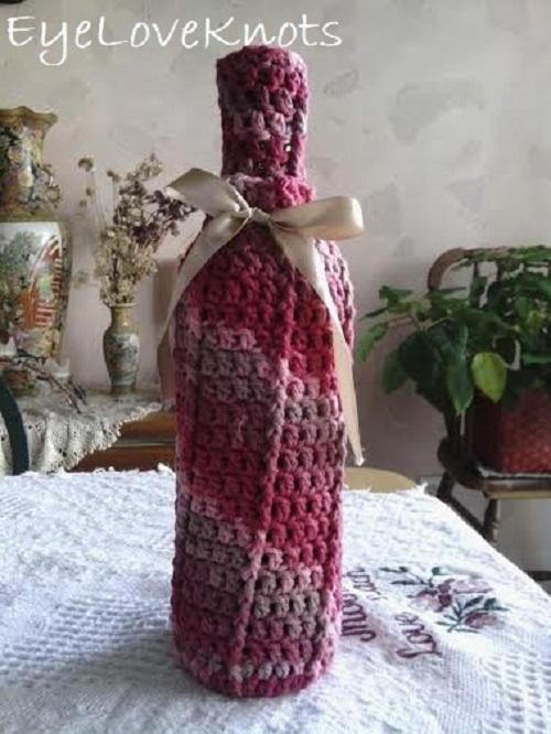 Raspberry Surprise Front Post Wine Cozy