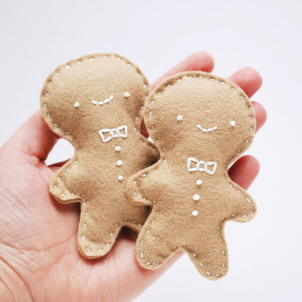 Oven-Warm Gingerbread Hand Warmers
