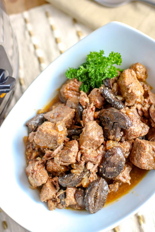 Savory Slow Cooker Beef Tips