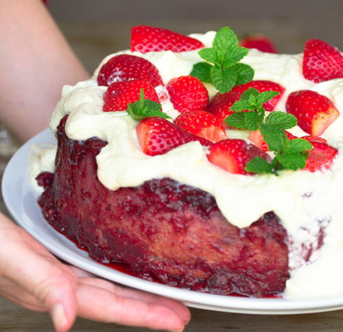 Susie's Red Fruit Cake