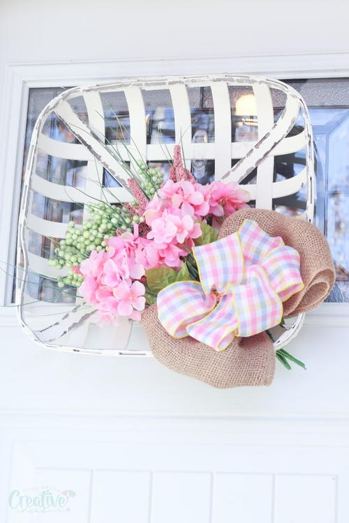 Tobacco Basket Wreath