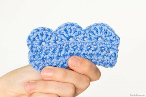 How to Crochet Scalloped Edging