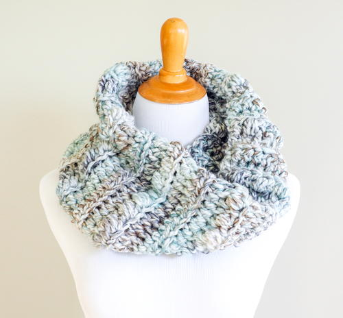 Easy Sea Glass Chunky Crochet Cowl