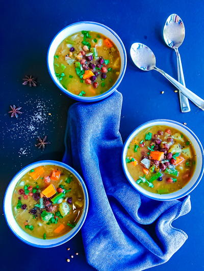 Hearty Chickpea Curry Soup