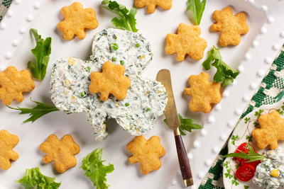 Shamrock Dip with Leprechaun Cheese Crisps