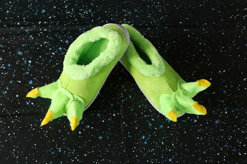 No-sew Baby Yoda Slippers