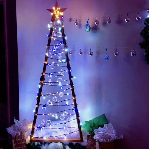 Modern Wooden DIY Christmas Tree