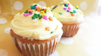 How To Make A Box Cake Mix Taste Like Bakery Cupcakes
