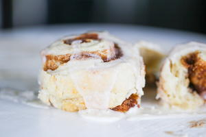 Ultimate Vegan Cinnamon Rolls (quick, No Yeast)