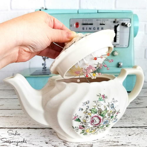 Little Teapot Pincushion Tutorial