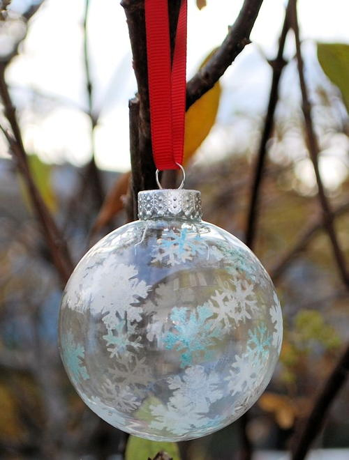 Stunning Stenciled Glass Ornaments