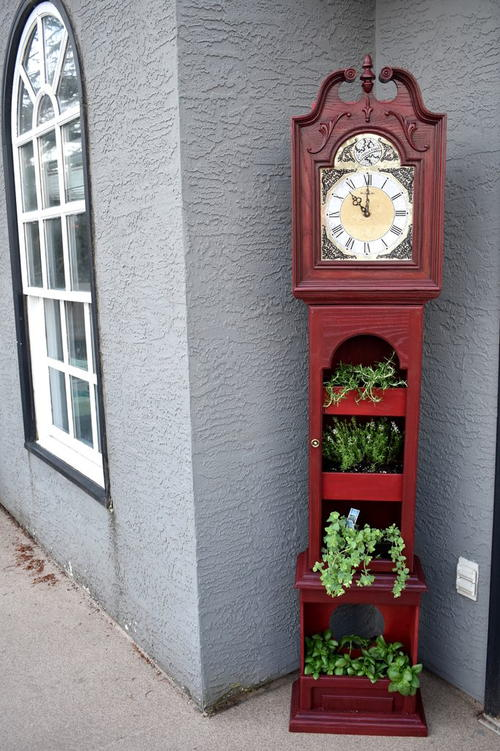 Upcycled Clock Herb Garden