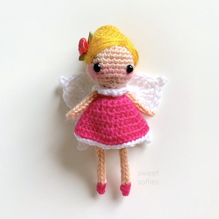 Daisy Flower with Ladybug Free Crochet Pattern ⋆ Crochet Kingdom | 700x700