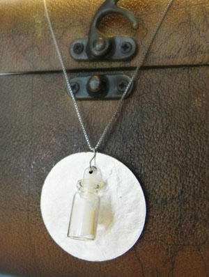 Message in a Bottle Necklace DIY