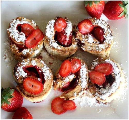 Strawberry Roll-up Scones