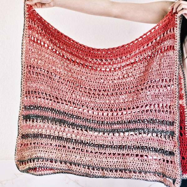 En Rose Lap Blanket