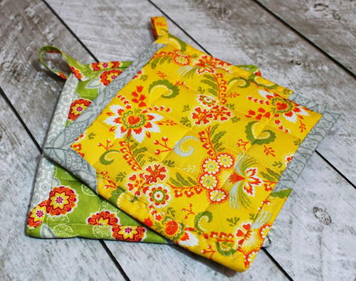 Easy Quilted Potholder Pattern