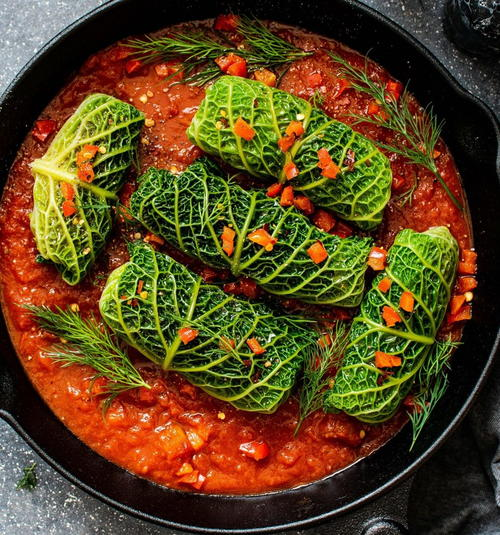 Delicious Slow-cooked Cabbage Rolls