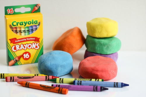 Make Playdough With Crayons