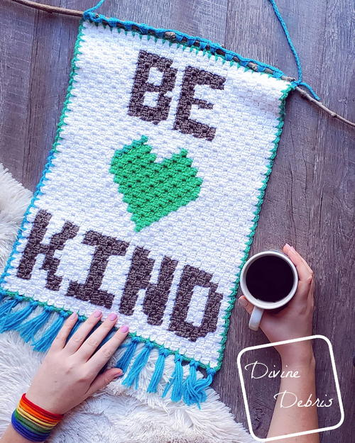 Be Kind Mini C2c Wall-hanging