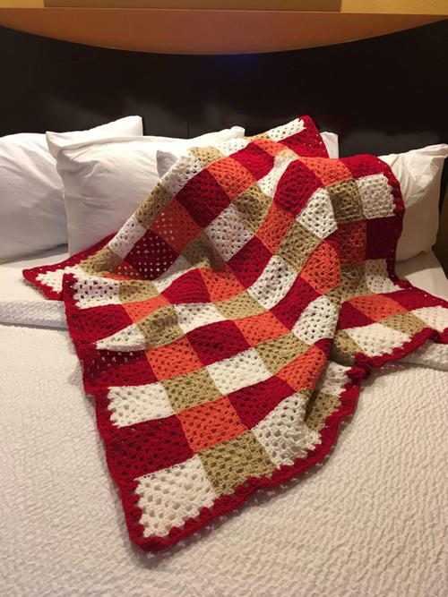 Chic Colorful Granny Square Throw