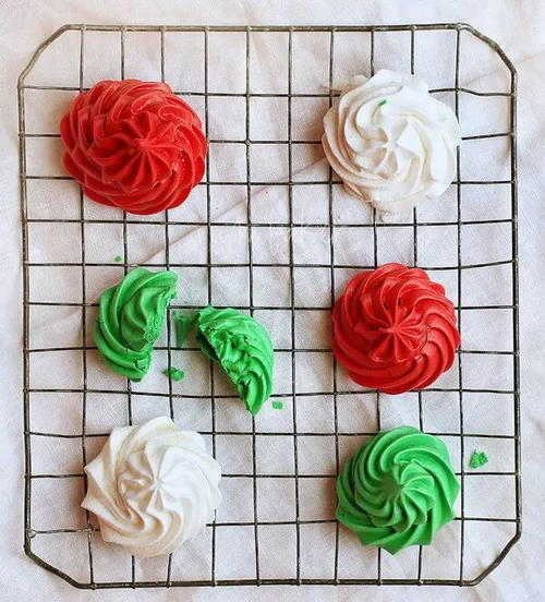 Meringue Christmas Cookies