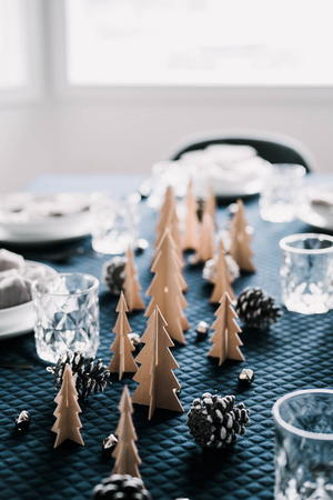 DIY Wooden Tree Tablescape