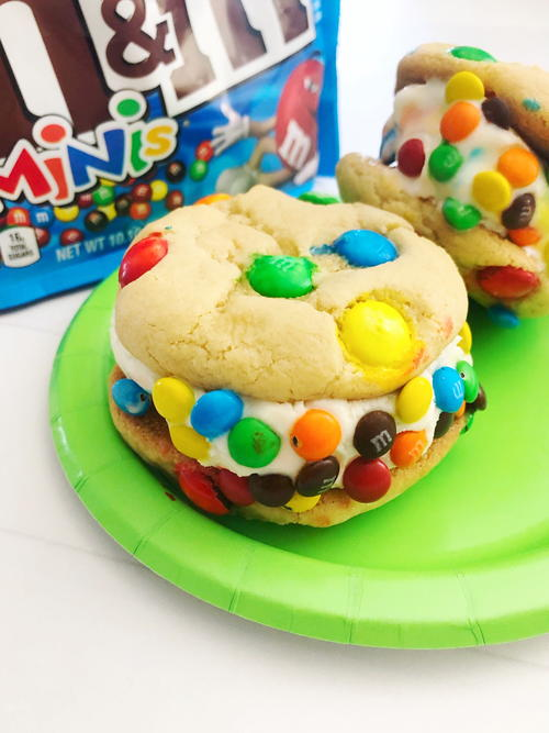 Ice Cream Cookie Sandwiches With Candies