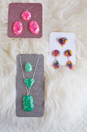 Easy Epoxy Resin Jewelry