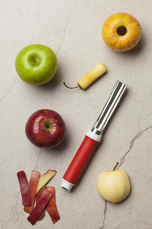 Microplane 2-In-1 Apple Core And Peel Giveaway