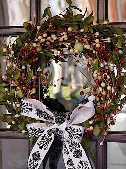 Red Green and White Christmas Berry Wreath