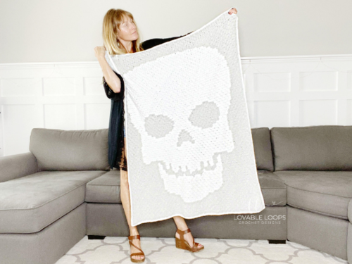 Skeleton Throw Blanket