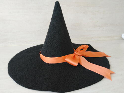 DIY Witch Hat In Any Size