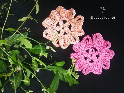 Simple, Easy Crochet Flower – Free Pattern