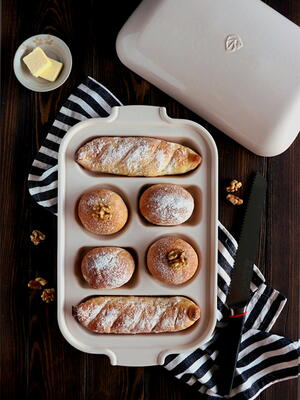 Ceramic Bread Sampler Pan Giveaway