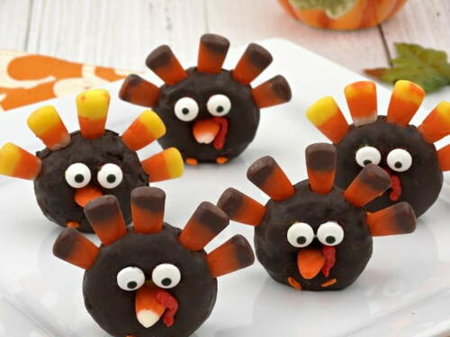 Turkey Donuts You Can Make With The Kids