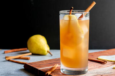 Spiced Pear & Bourbon Ice Tea Cocktail