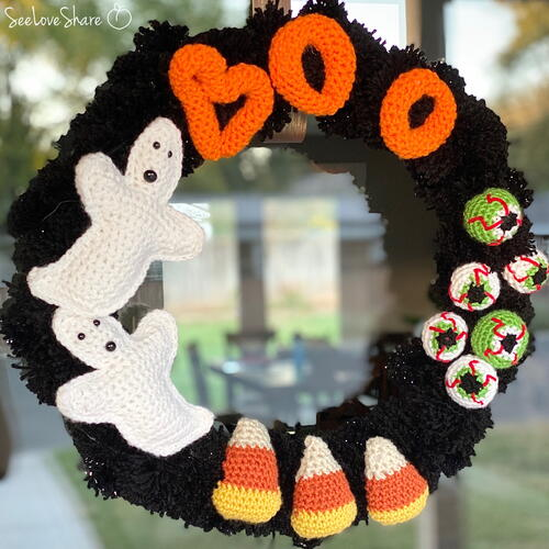 Halloween Wreath A Family Of Free Crochet Patterns