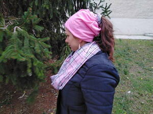 Easy Beanie Hat With A Twist