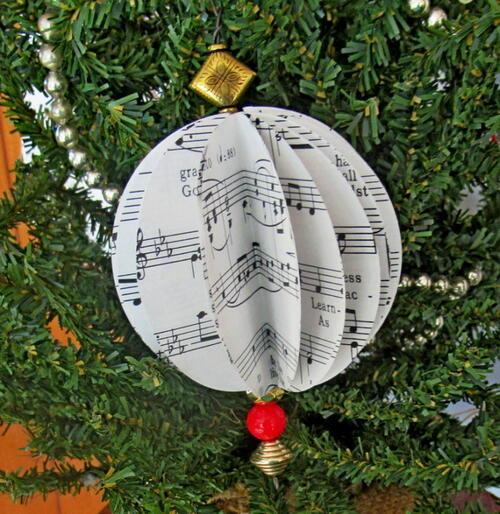 Easy Sheet Music Ornament