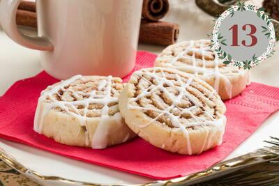 Mrs Claus Cinnamon Roll Cookies