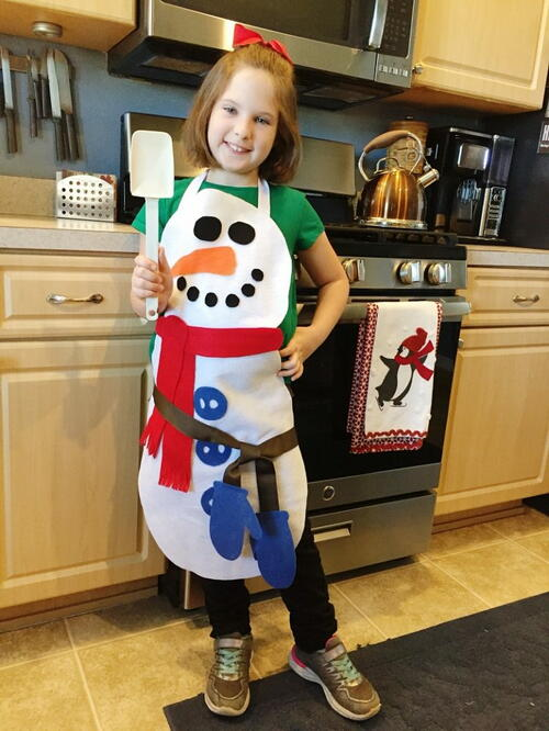 No-sew Child's Snowman Apron