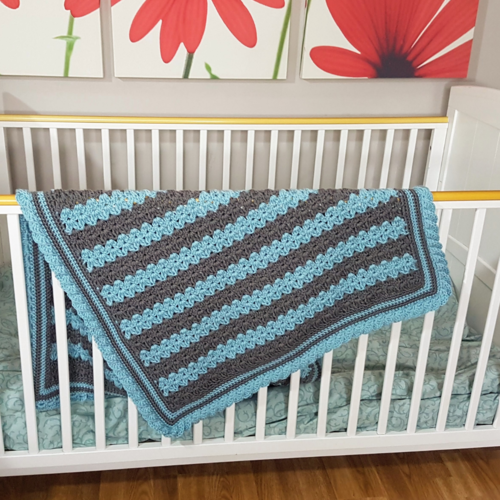 Stripes & Ruffles Baby Blanket – Free Crochet Pattern